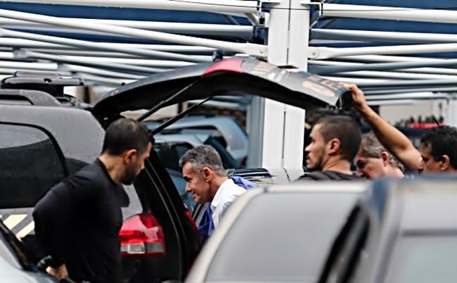 Resultado de imagem para PF faz operação e prende deputados estaduais no Rio de Janeiro