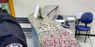 Dupla presa com drogas em Barra Mansa
