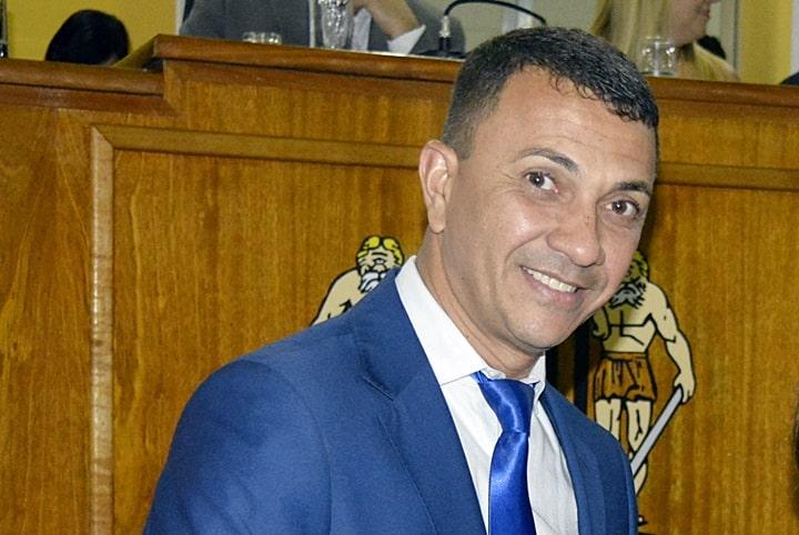 Paulinho do Raio-X é acusado de corrupção passiva.