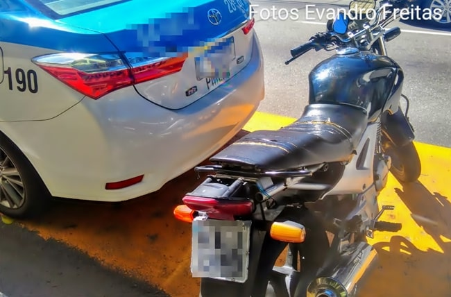 Moto roubada usada para o tráfico