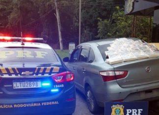 PRF apreende 30 quilos de cocaína em Anga dos Reis