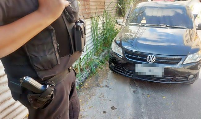 Polícia guarda cena de homicídio em Volta Redonda