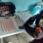 Droga apreendida e dois presos no Água Limpa