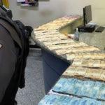 Casal preso com R$ 22 mil em dinheiro vivo