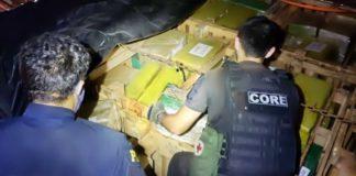 PRF apreende cinco toneladas de maconha em carreta na Dutra, em Piraí