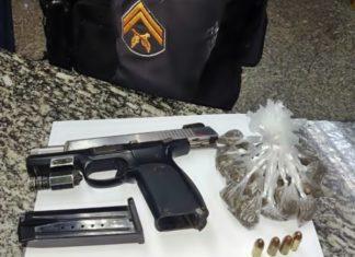 PM prende suspeito de tráfico armado, em Barra do Piraí