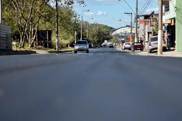 Prefeitura concluiu obras de asfaltamento no bairro Três Poços