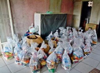 Sessenta cesta doadas para famílias do Núcleo Dom Valdir