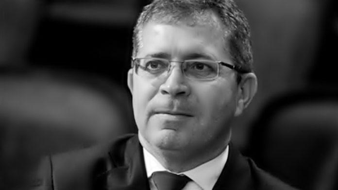"""Justiça afirma que empresa de Gothardo fez repasses """"ilegais"""" para Helena Witzel"""