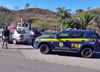 Motorista é perseguido após fuga e acaba preso pela PRF, em Barra do Piraí