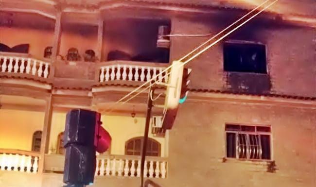 Apartamento pega fogo em Volta Redonda e Bombeiros procuram vítimas
