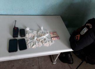 Droga apreendida com quatro suspeitos na Vila Brasília