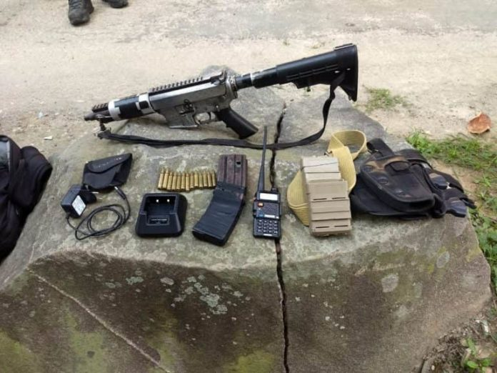 Confronto em Angra termina com suspeito baleado e um fuzil apreendido