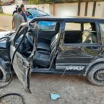 Homem morre em acidente com carro em Rio das Flôres