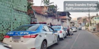 Mulher morta a tiros dentro de casa no Belmonte
