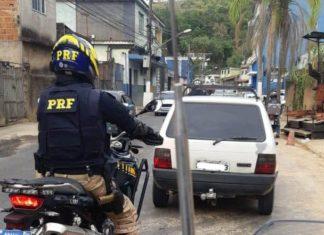 PRF recupera carro furtado há 20 anos