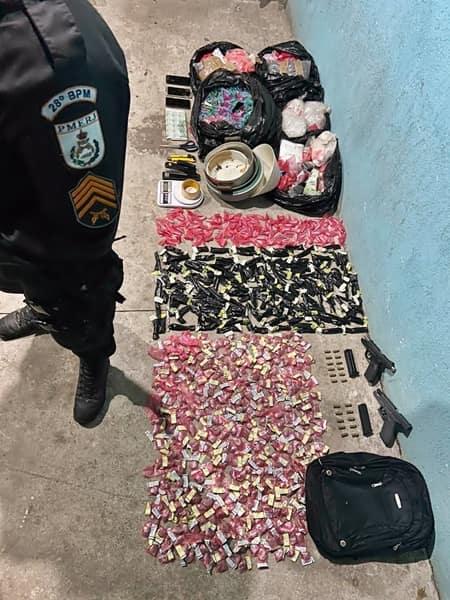 Policiais encontrara acampamento na mata usado para refino e esconderijo de droga
