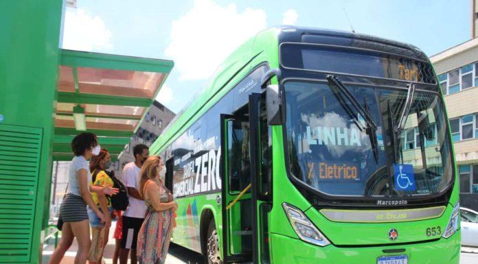 Ônibus elétrico vai levar visitantes a parques e zoológico de graça