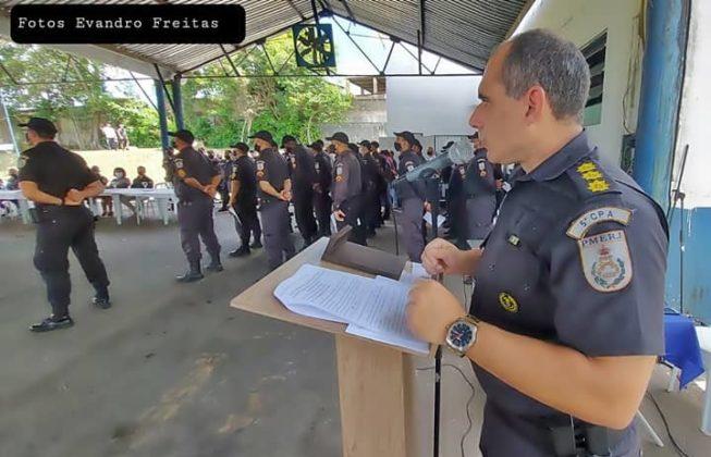 Comandante do 5º CPA esteve na solenidade de homenagens