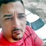 Jovem morto a tiros dentro do carro em BM