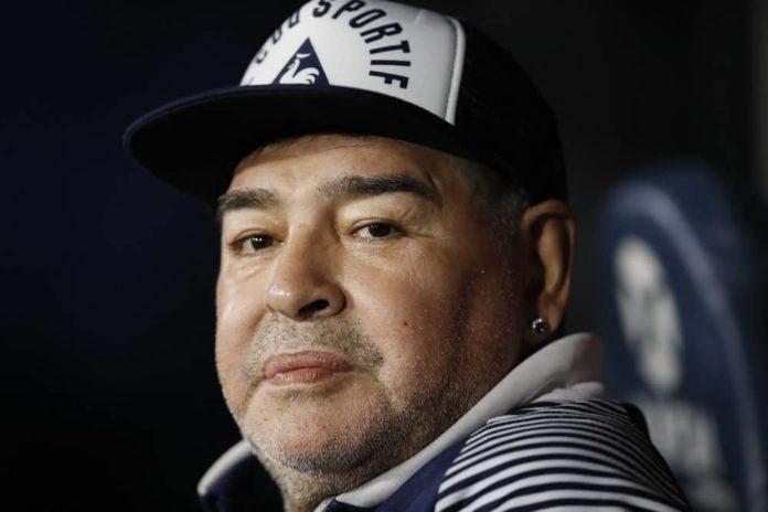 Maradona morre em casa, na Argentina