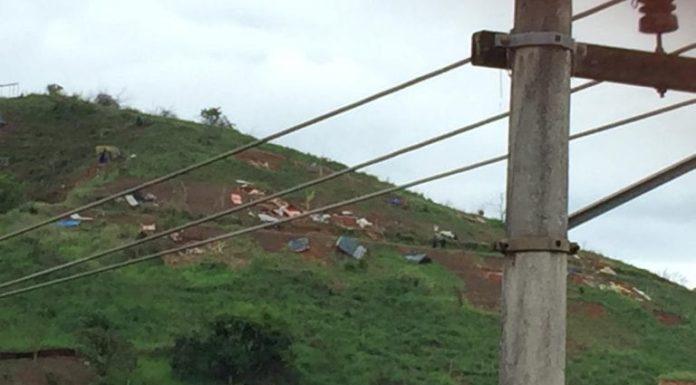 Forças de segurança desocupam área invadida em Barra Mansa