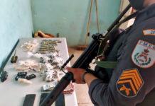 Polícia prende grupo com crack, maconha e cocaína em Volta Redonda