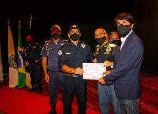 Novos guardas-municipais são diplomados em Volta Redonda