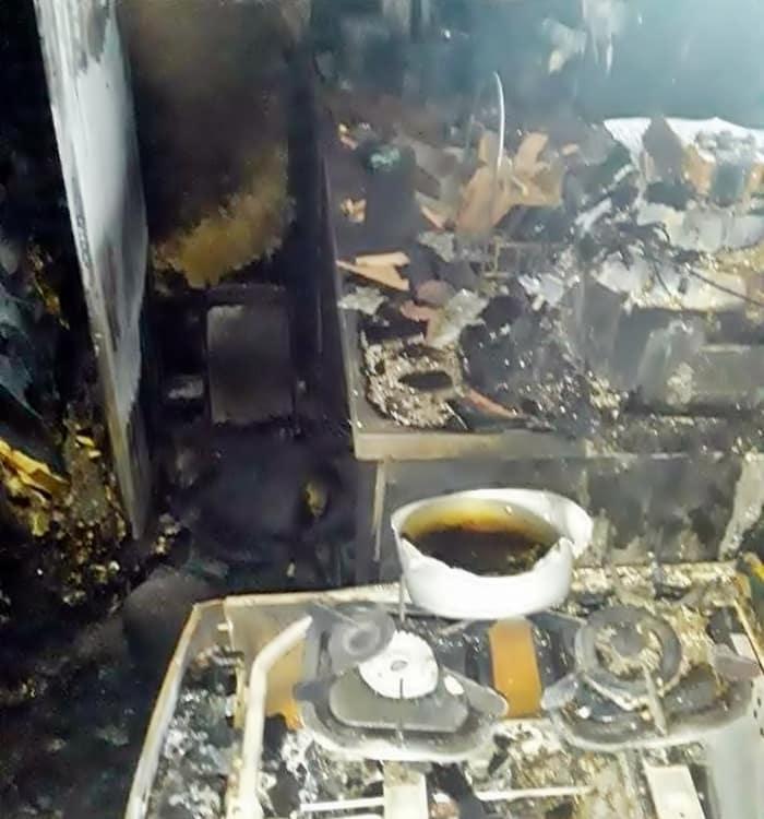 Adolescente fugiu depois de atear fogo em casa