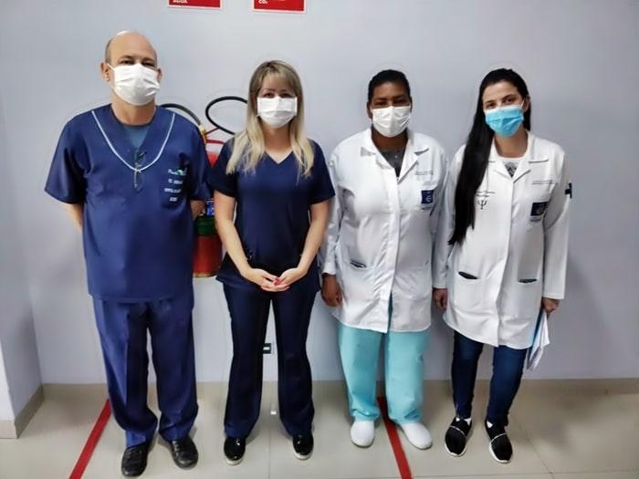 Profissionais de saúde são os primeiros a serem imunizados no Sul do Rio