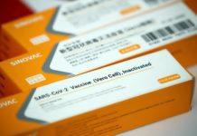 Brasil anuncia a compra de 100 milhões de doses da Coronavac