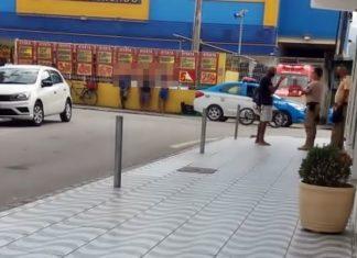 Rapaz se escondeu em supermercado para escapar do ataque a tiros.