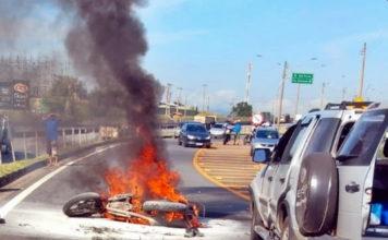 Motociclista morre em acidente às margens da Via Dutra