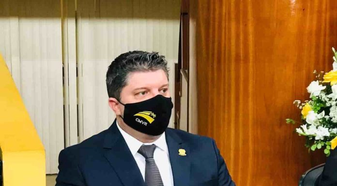 Secretário estadual de Educação do Rio diz que colégio militar não vai fechar em VR
