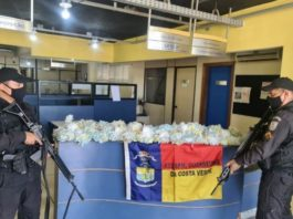 Mulher capota o carro e PM descobre esquema de tráfico em Angra