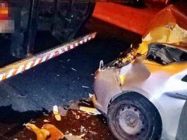 Carro desgovernado atropela homem em feira-livre em Volta Redonda