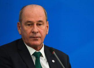 Ministro desde a transição do governo é demitido por Bolsonaro