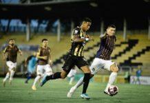 Voltaço empata na estreia no Campeonato Carioca