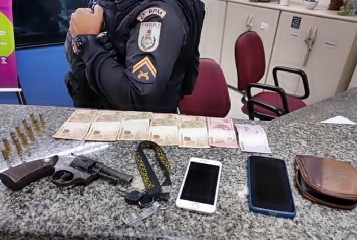 Menor é detido com arma em Volta Redonda