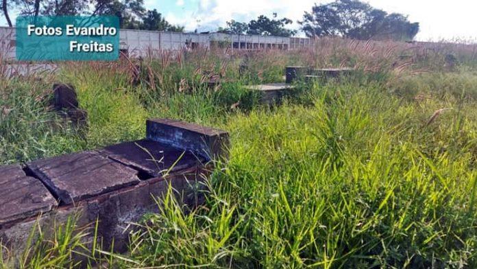 Cemitério Municipal de VR está com o pé na cova sem sepulturas