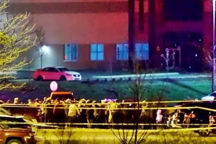 Atirador mata 8 pessoas e se mata em Indianápolis