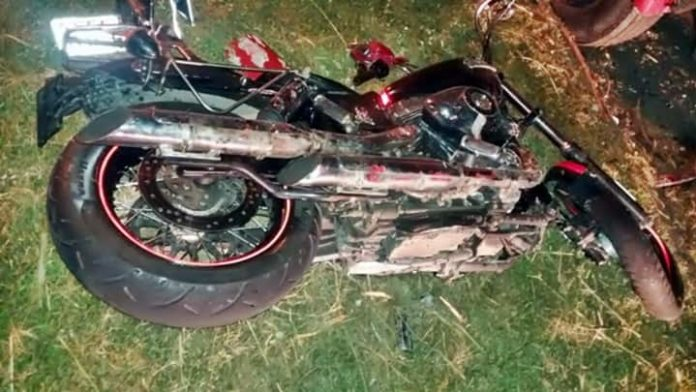 Motociclista morre ao bater em caminhão parado na BR-393