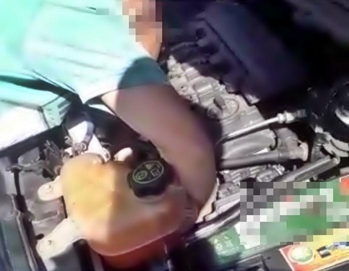 Agente do Detran/RJ vistoria carro de agente a mando de Batista