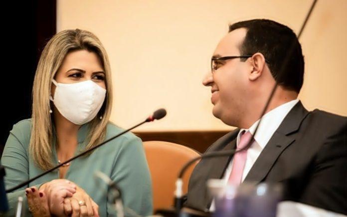 Justiça Eleitoral cassa o prefeito e vice de Vassouras por abuso de poder