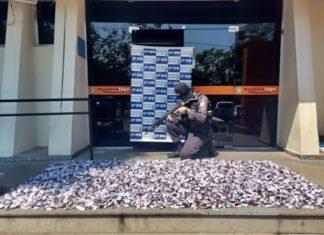Polícia apreende quase 8kg de cocaína em Resende