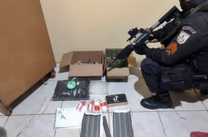 Três presos em Pinheiral por envolvimento por tráfico de drogas